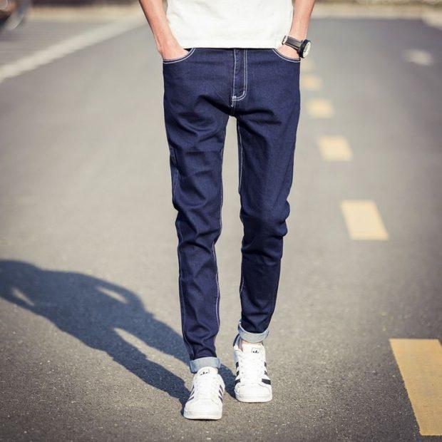 узкие джинсы синие