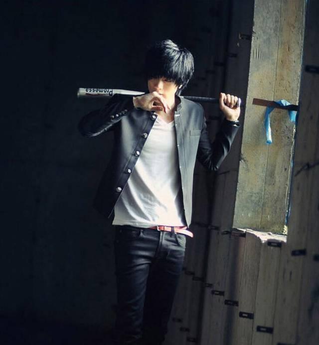 кожаный пиджак джинсы черные