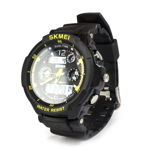 электронные часы черные с желтым спортивные