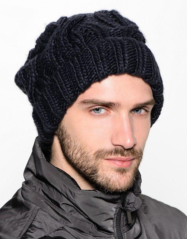 мужские головные уборы зима 2019-2020: шапка мужская вязанная объемная