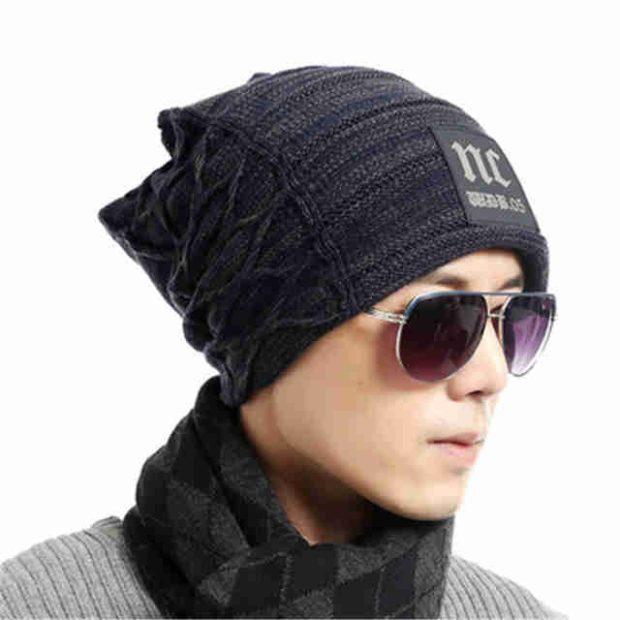 мужские головные уборы зима 2019-2020: вязанная шапка со шнуровкой