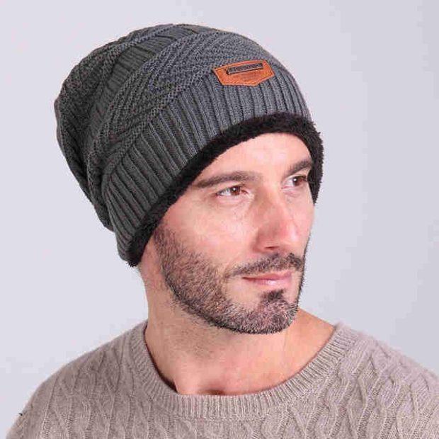 0a0d931bf57 мужские головные уборы зима 2019-2020  вязанная шапка серая бини