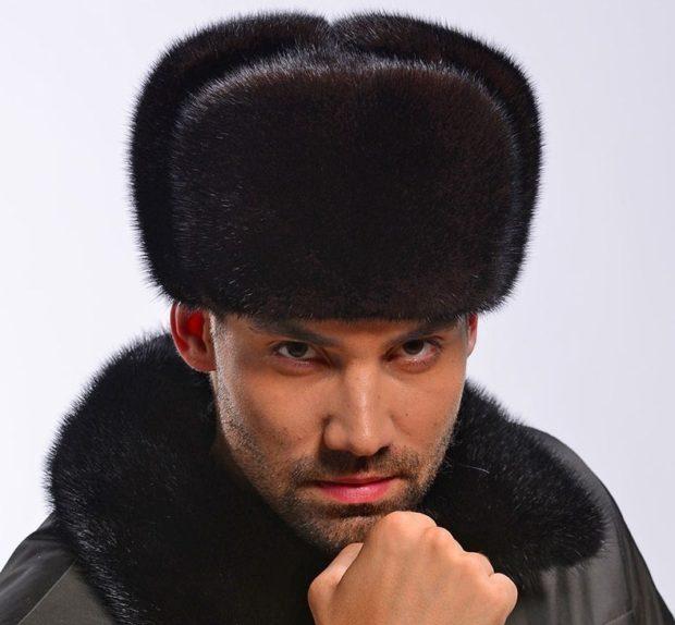 головные уборы мужские зима 2019-2020: меховая шапка классическая черная