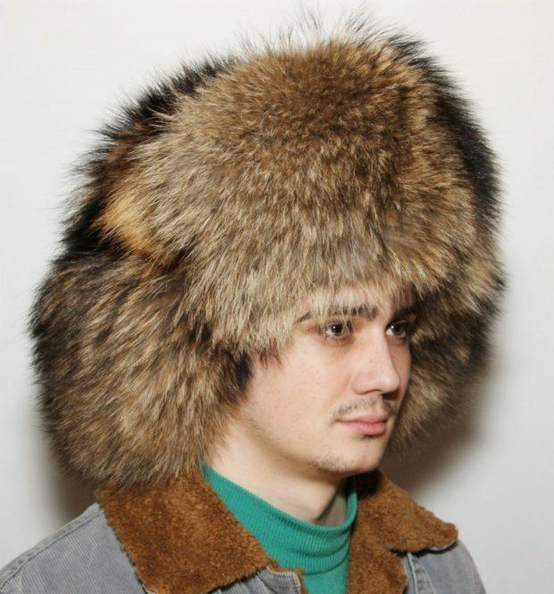 головные уборы мужские зима 2019-2020: объемная шапка ушанка