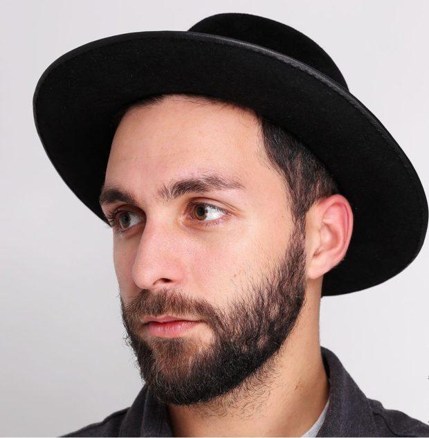 головные уборы мужские зима 2019-2020: шляпа черная фетровая с полями
