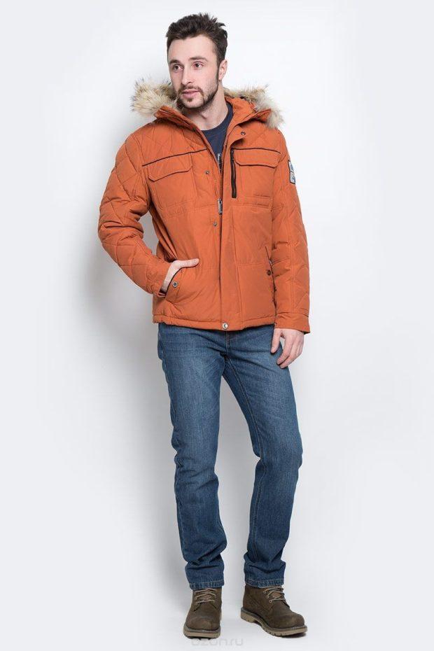куртка коричневая тканевая с меховым капюшоном