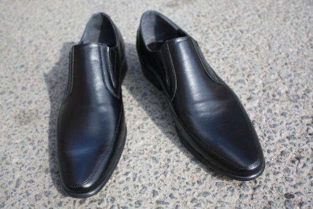 мужские туфли: черные классика без шнурка