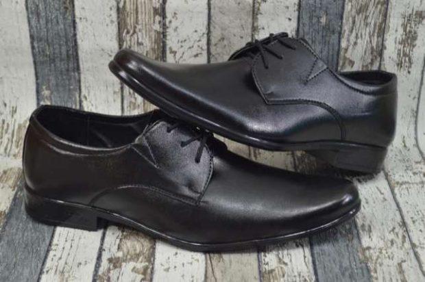 мужские туфли: классические на шнуровки черные