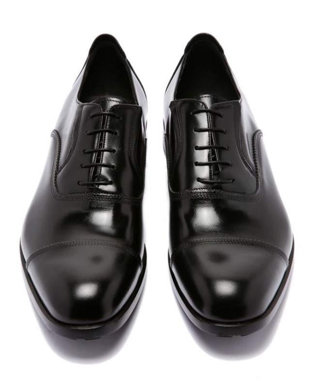 классические туфли на шнуровки лаковые