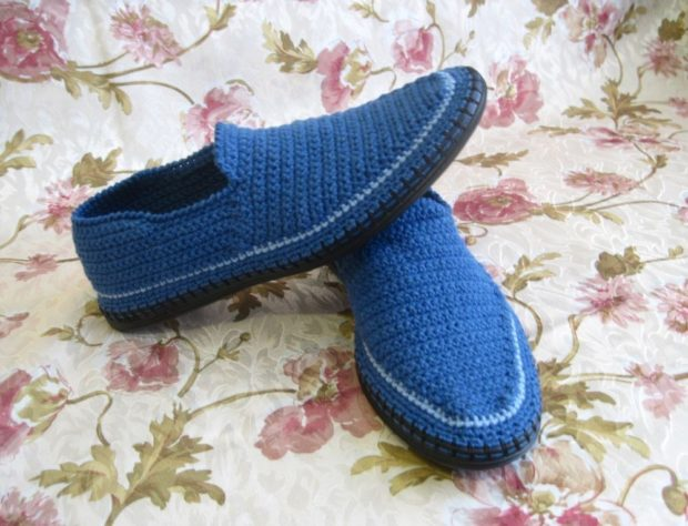 слиперы синие вязанные
