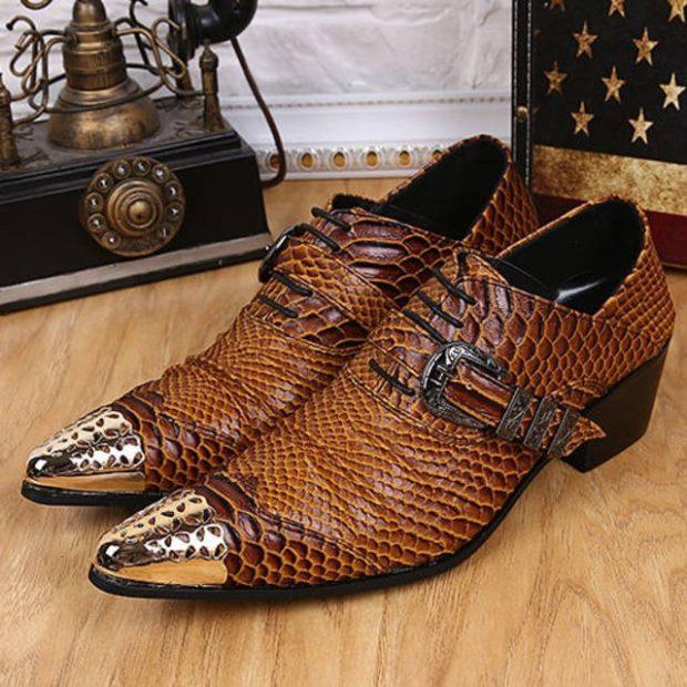 туфли рептилия с декорированным носком
