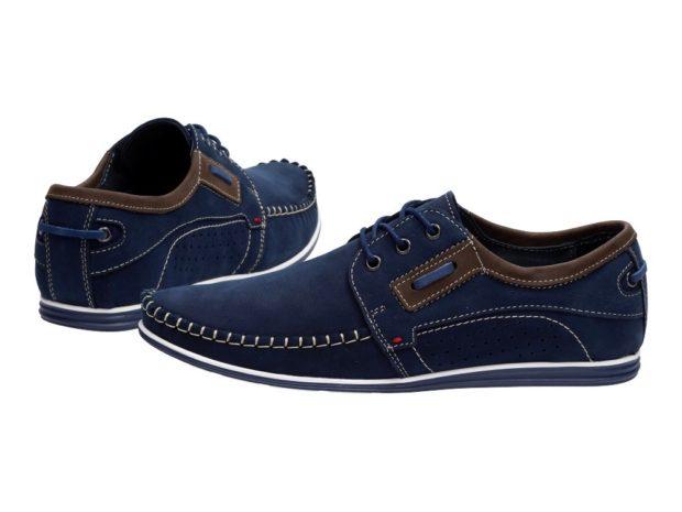 синие мокасины н шнурках