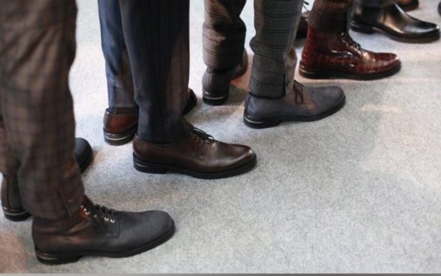 туфли черные коричневые серые
