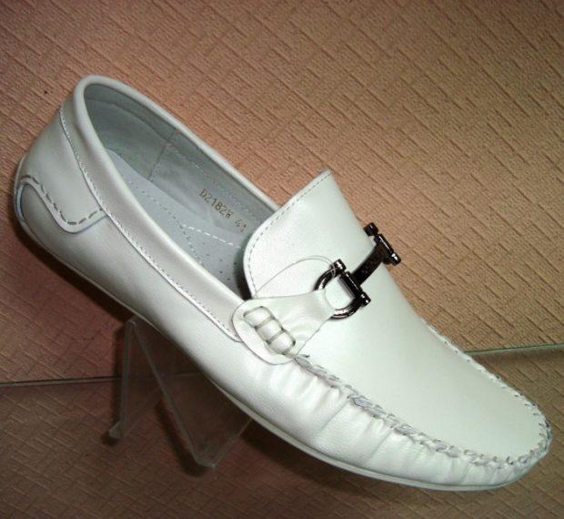 белые мокасины кожаные