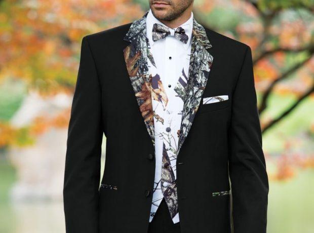 брючный костюм с цветами