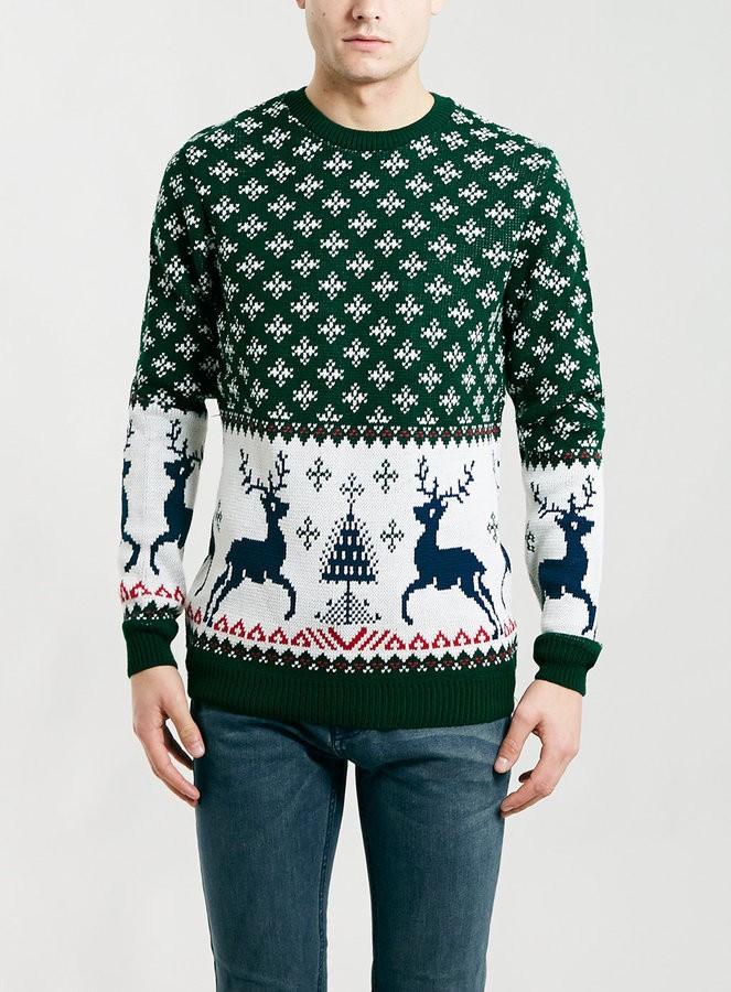 зеленый с белым свитер с оленем и снежинками