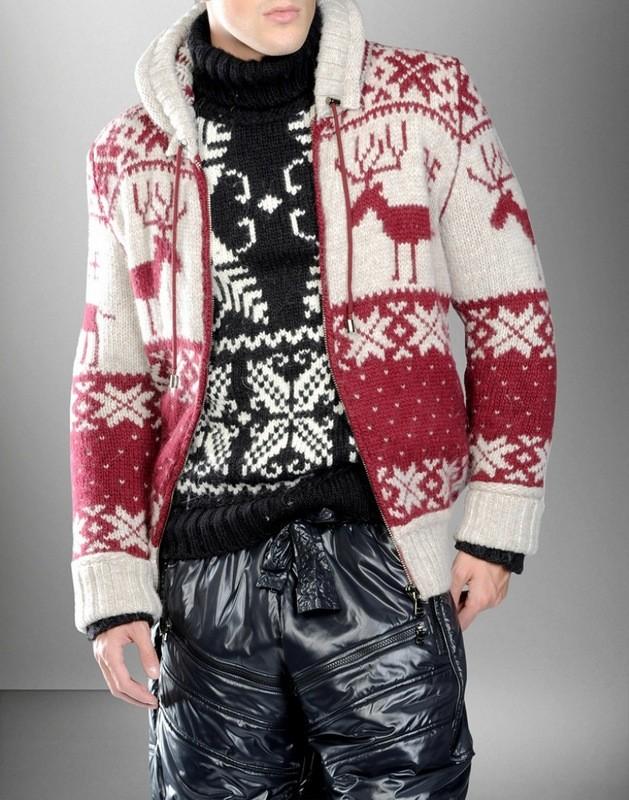 белый с красным кардиган с оленем и снежинками