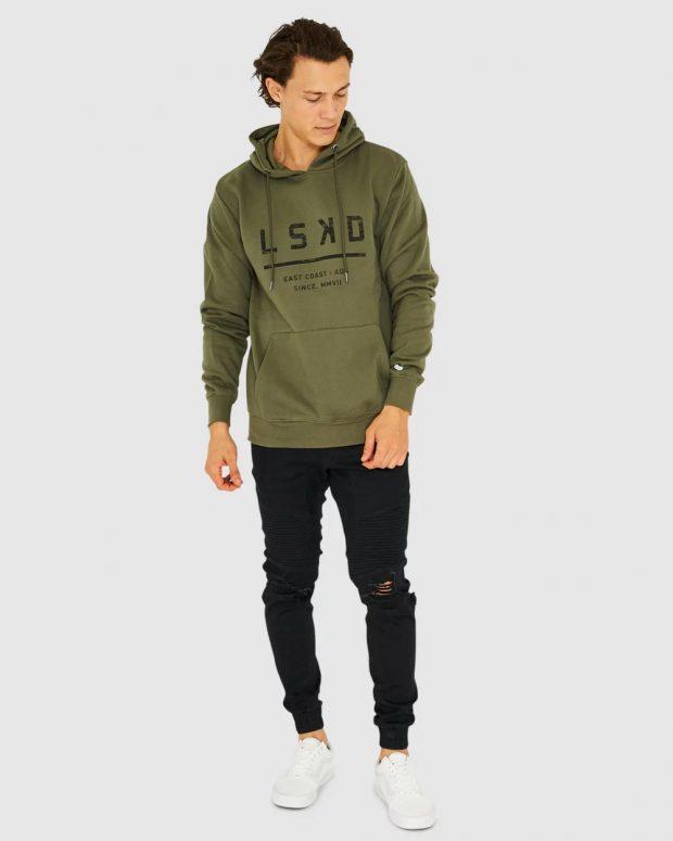 мужская мода осень-зима 2019-2020: зеленая толстовка