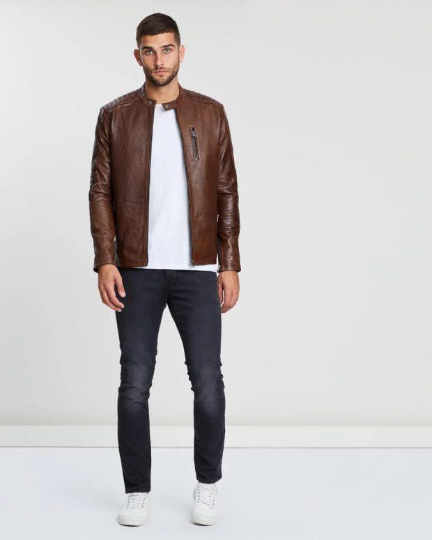 мужская мода осень-зима 2019-2020: коричневая кожаная куртка
