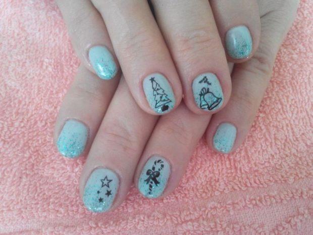 голубые ногти новогодний узоры