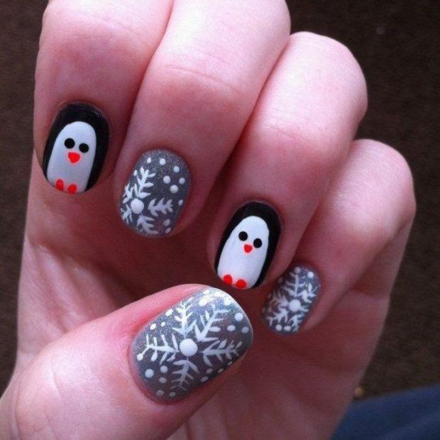 дизайн ногтей на новый год 2019: пингвин снежинки