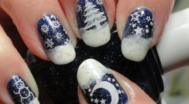 новогодний маникюр синий с елками  и снежинками