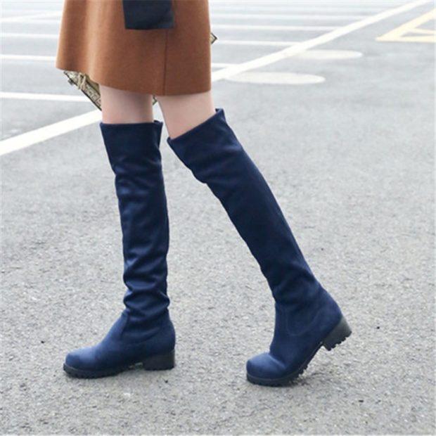 ботфорты безкаблука синие под платье коричневое