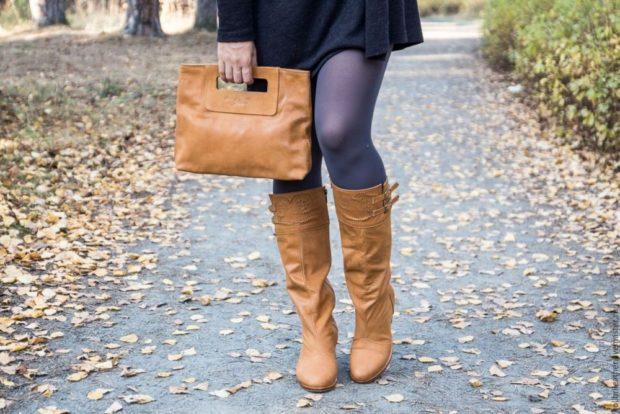 Сапоги без каблука коричневые под платье