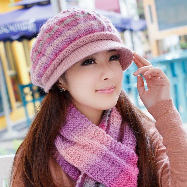 берет с козырьком розовая с фиолетовым шарф в тон