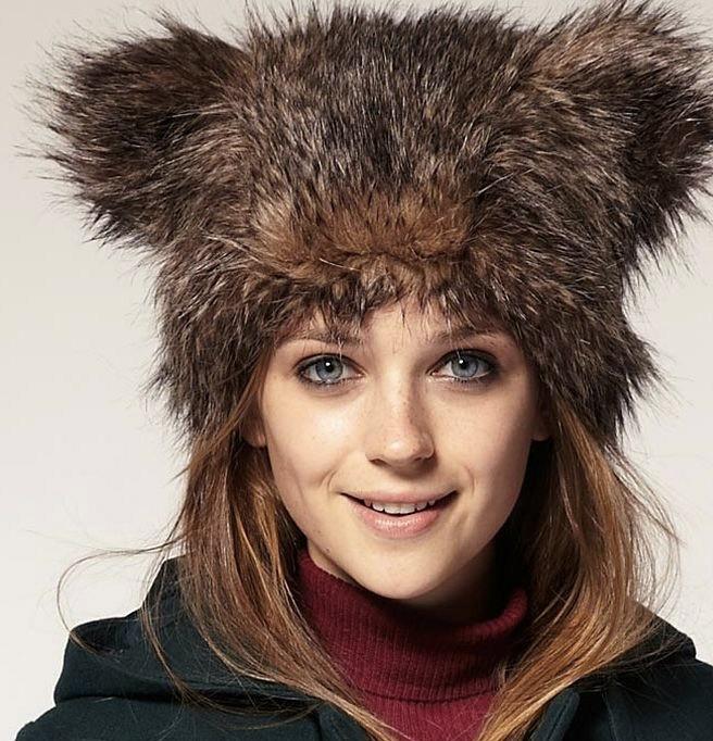 шапка меховая с ушками коричневая