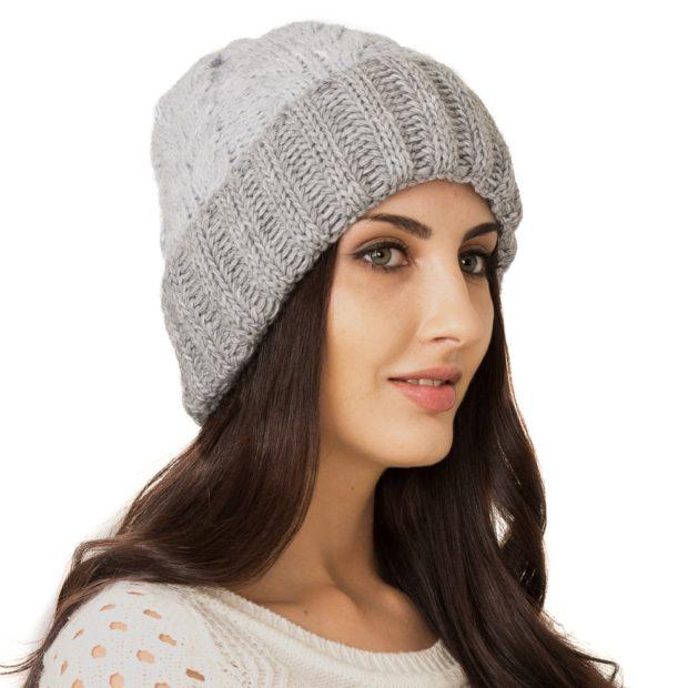 шапка серая с отворотом