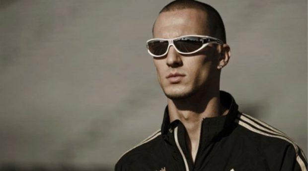 очки для спорта черные с белой оправой
