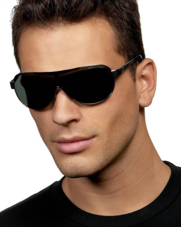 черные пластмассовые очки сплошная оправа сверху