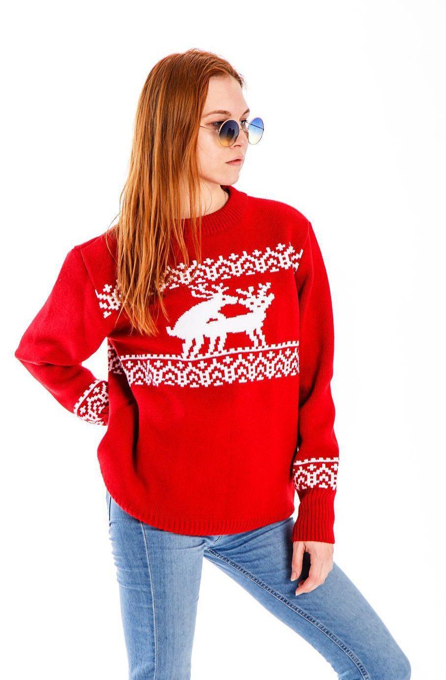 свитер красный с белыми оленями