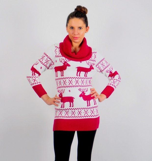 свитер белый с красными оленями