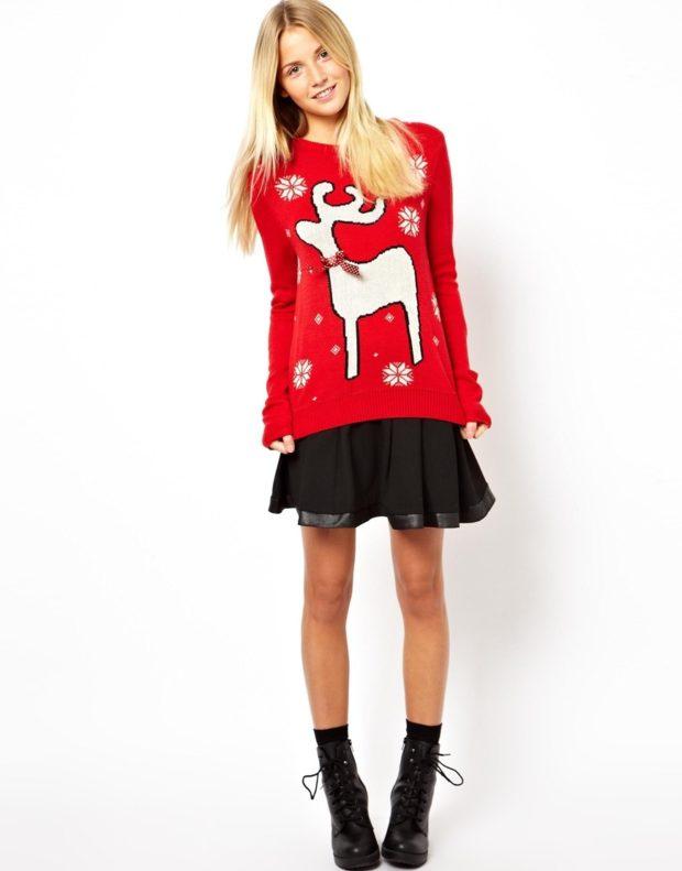 красный свитер олень белый оригинальный