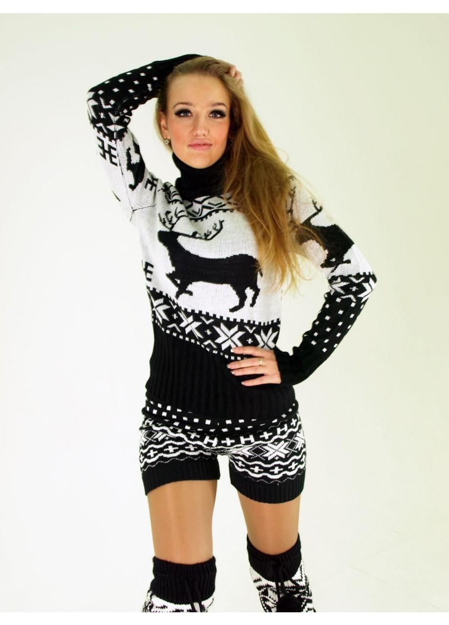 черно-белый свитер с оленями
