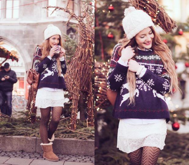 синий свитер с белыми оленями
