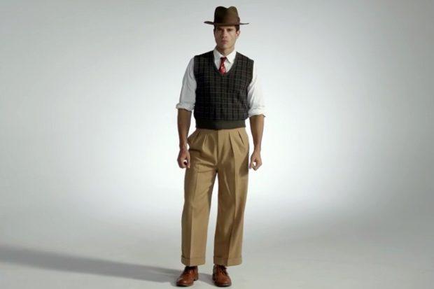 мужская мода осень-зима: штаны короткие рубашка белая жилетка в клетку
