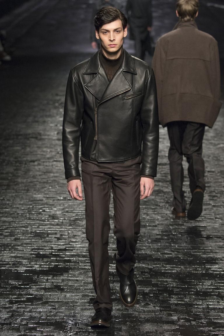 мужская мода 2018 осень зима: кожаная куртка брюки
