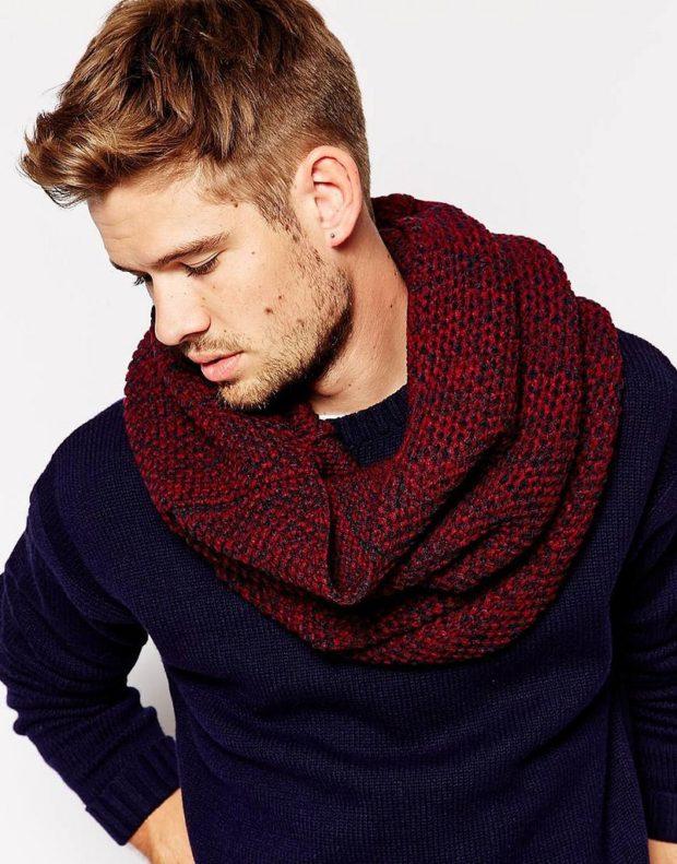 тенденции мужской моды осень-зима: шарф снуд красный