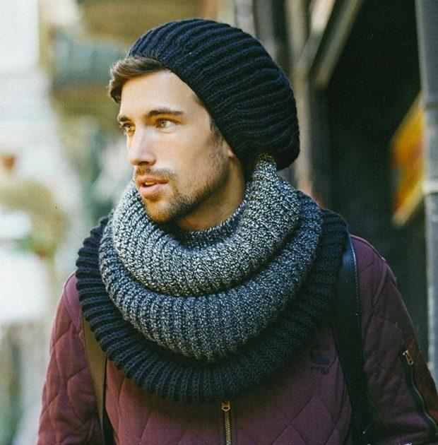 тенденции мужской моды осень-зима: шарф снуд серый с черным