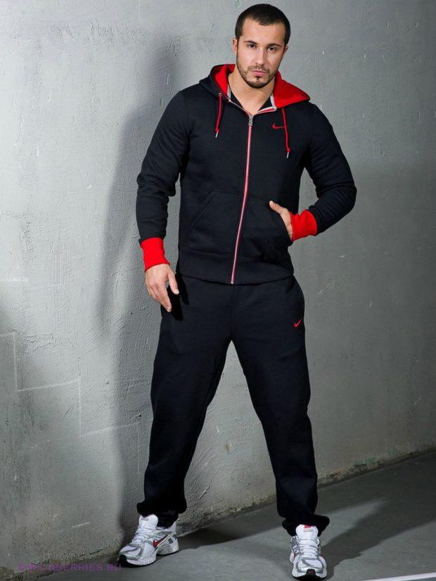 тенденции мужской моды осень-зима: черно-красный спортивный костюм