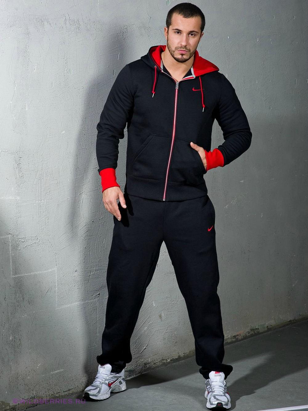 тенденции мужской моды осень зима: черно-красный спортивный костюм