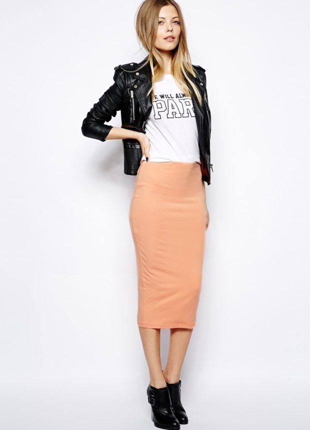 бежевая юбка карандаш ниже колена
