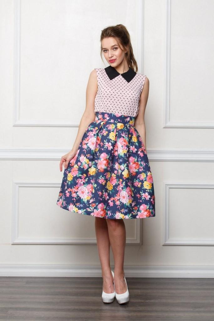 юбка а-силуэт в цветы по колено