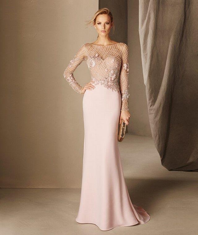 Вечерние платья в пол по фигуре рукав длинный с узорами
