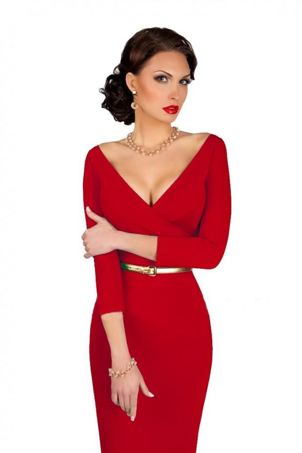 вечерние платья в пол: V- образный вырез красное