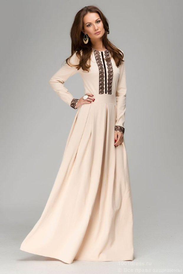 вечерние платья в пол: строгое белое с принтом юбка пышная