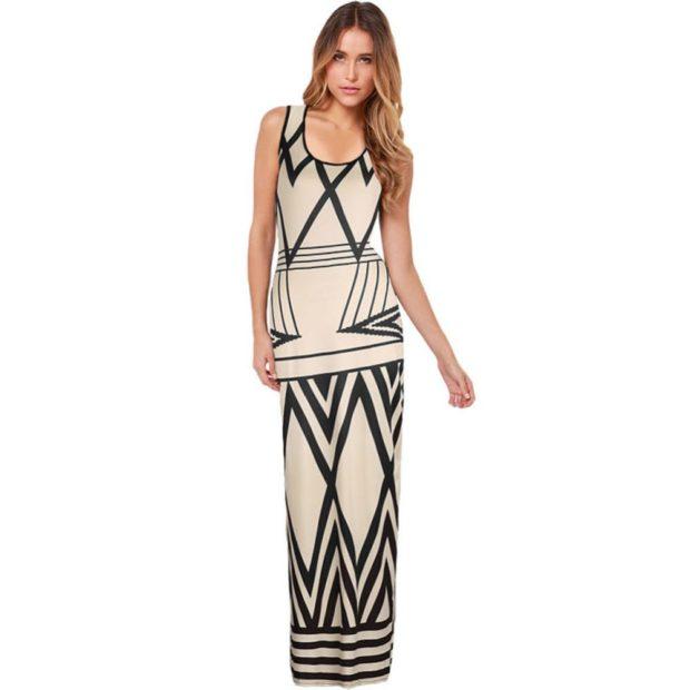 вечернее платье в пол фото: светлое полоски диагональные